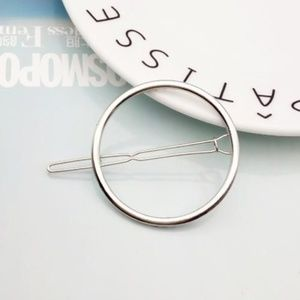 Urban Outfitters Accessories - Urban Outfitters Mini Margot Hair Pin - Silver